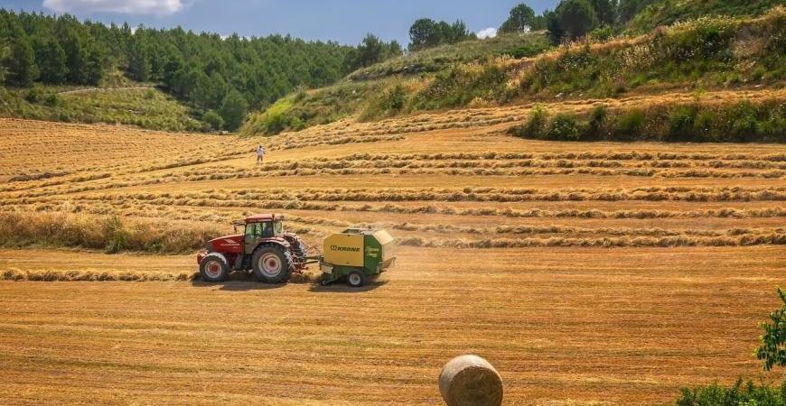 Kako kupiti traktor koji će odgovarati potrebama vašeg gazdinstva